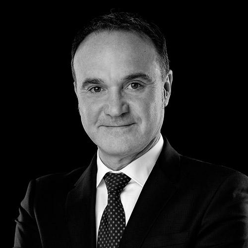 Portrait noir et blanc de Franck BENHAMOU, avocat au barreau de Grenoble