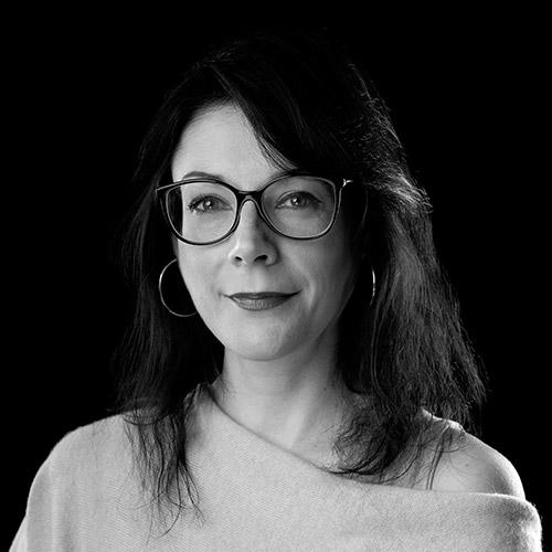 Portrait noir et blanc de Maureen PANNIER