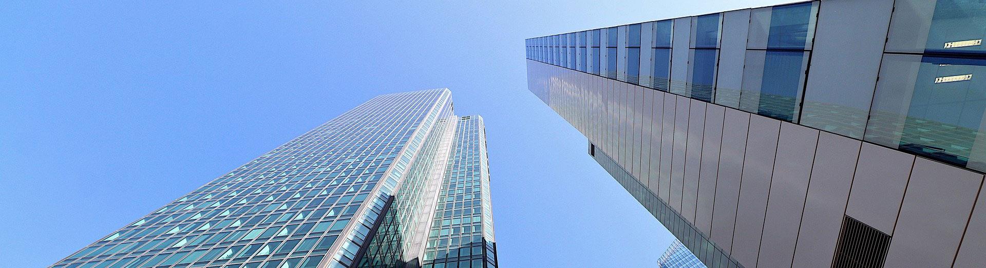 Immeubles d'entreprises dans un quartier d'affaires